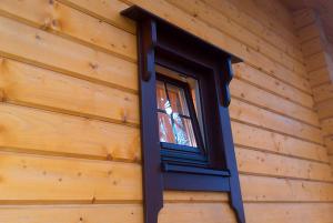 Вікно з коробами